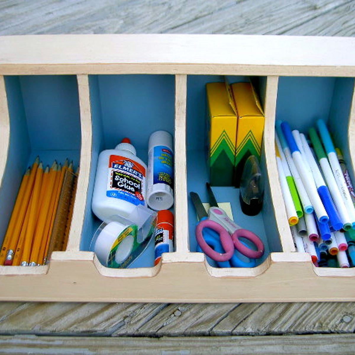 aadfh17aug019aa_08 school supplies organization storage in silverware tray
