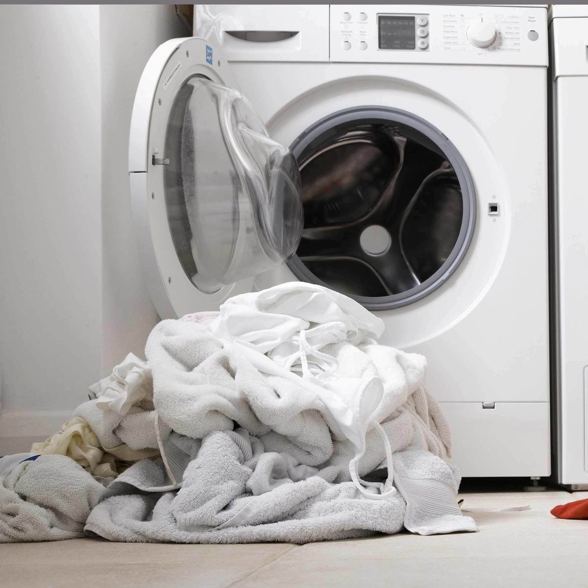 Clean Mold and Mildew from Clothes