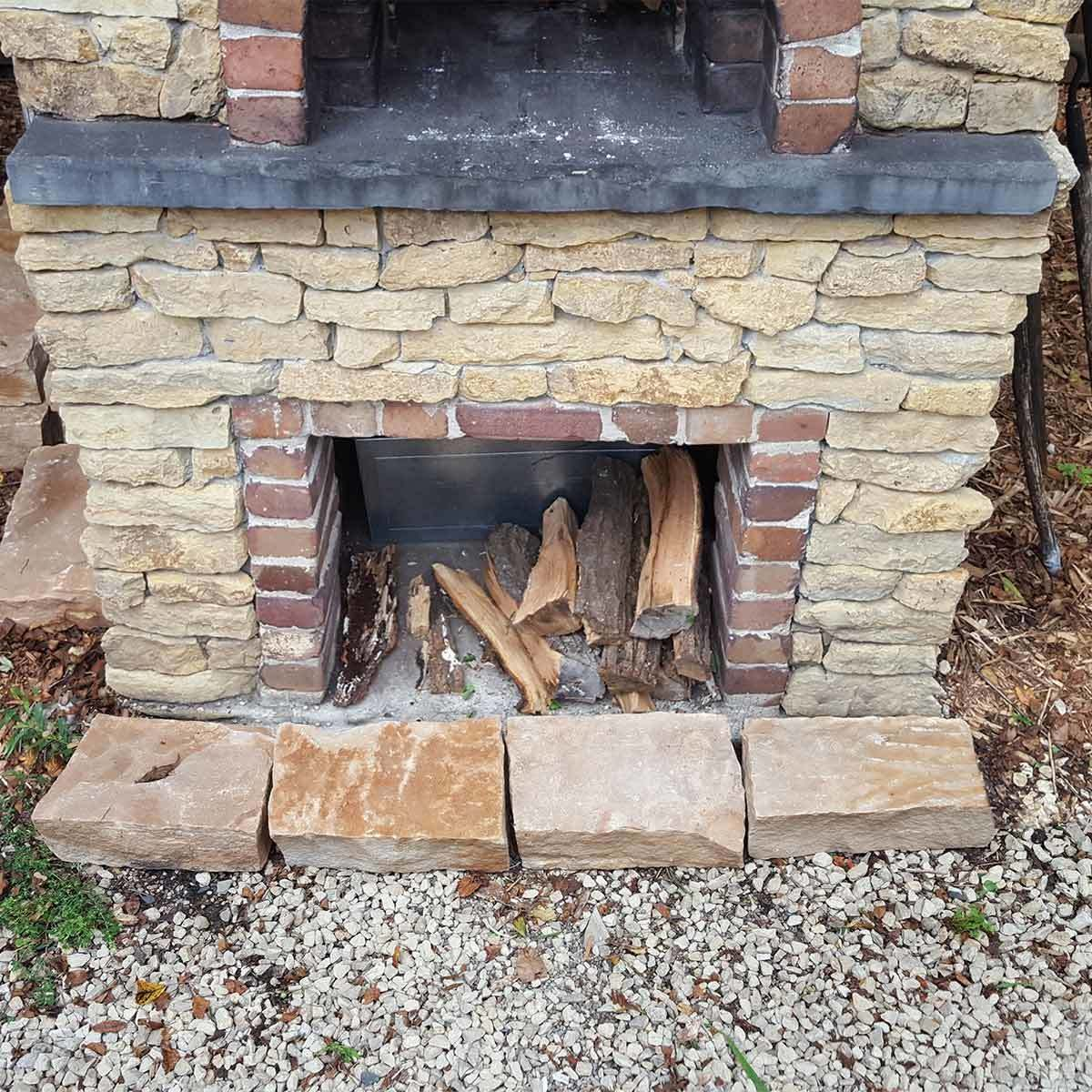 pavers_4 determine the width of the brick oven