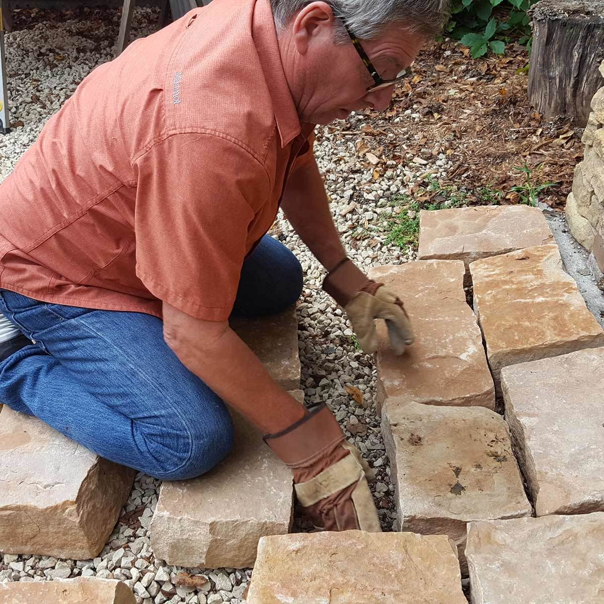 pavers_6 arranging the big pavers before digging small patio