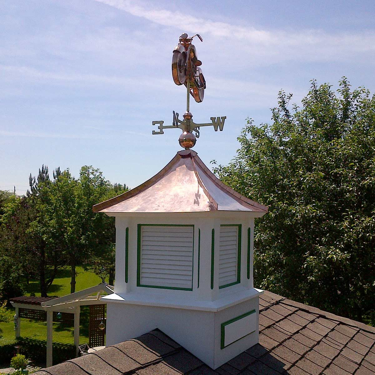 reader cupola with motorcycle