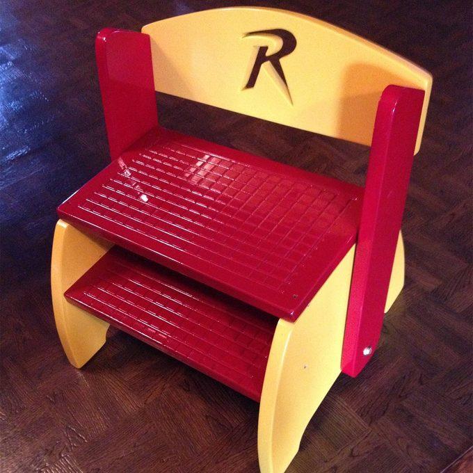 reader flip flop stool