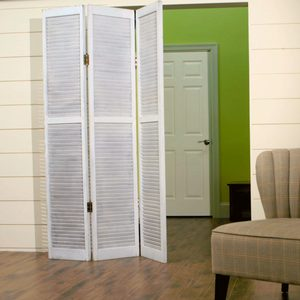How to Make a Privacy Screen with Salvaged Closet Doors