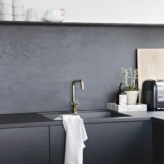 17oct107_09 modern minimalist kitchen plywood backsplash