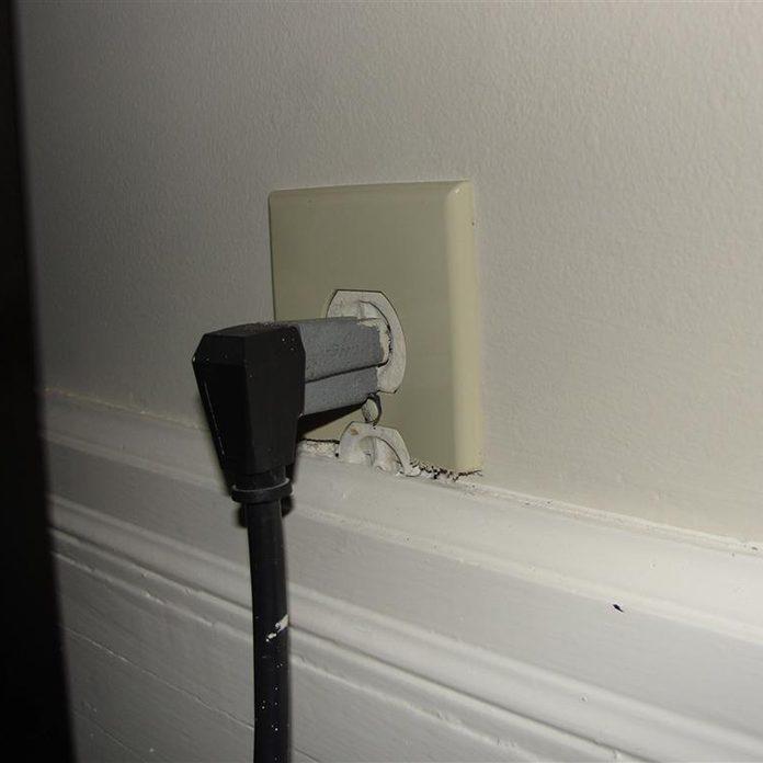 Half-Hidden Outlet