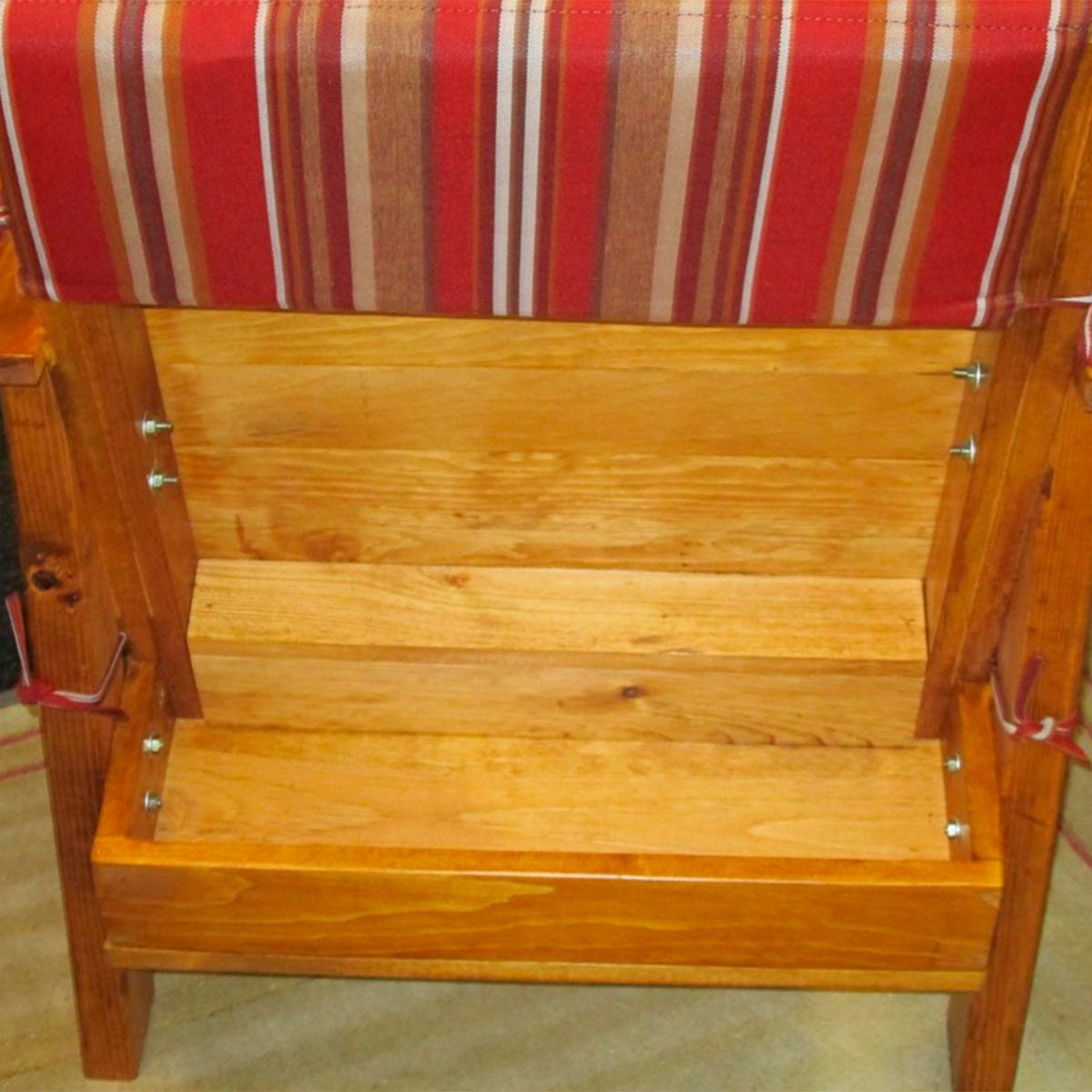 reader patio chair with storage