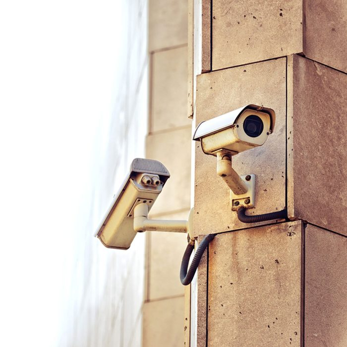 Use More than One Outdoor Wi-Fi Camera per Door