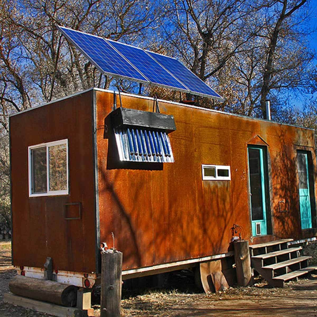 Go Off Grid with the Steely Cottage