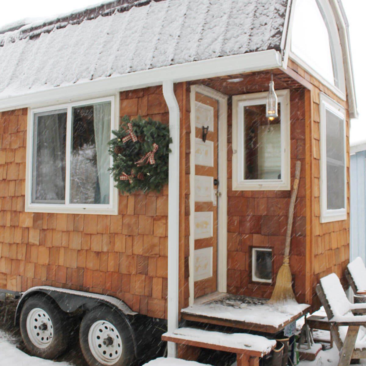 Tiny House Christmas