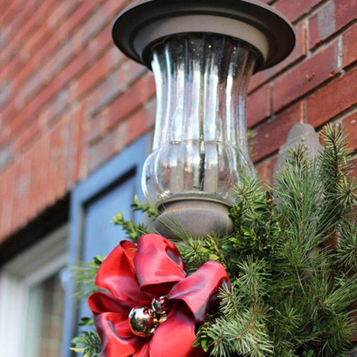Lantern Wreath