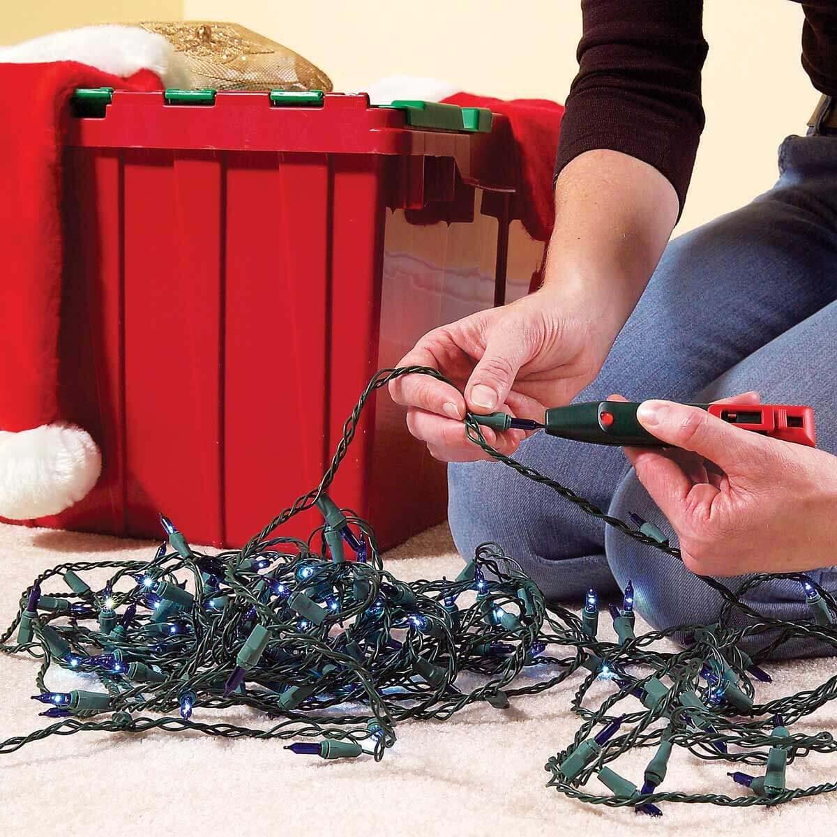 FH06DJA_464_05_002 holiday lights bulb tester