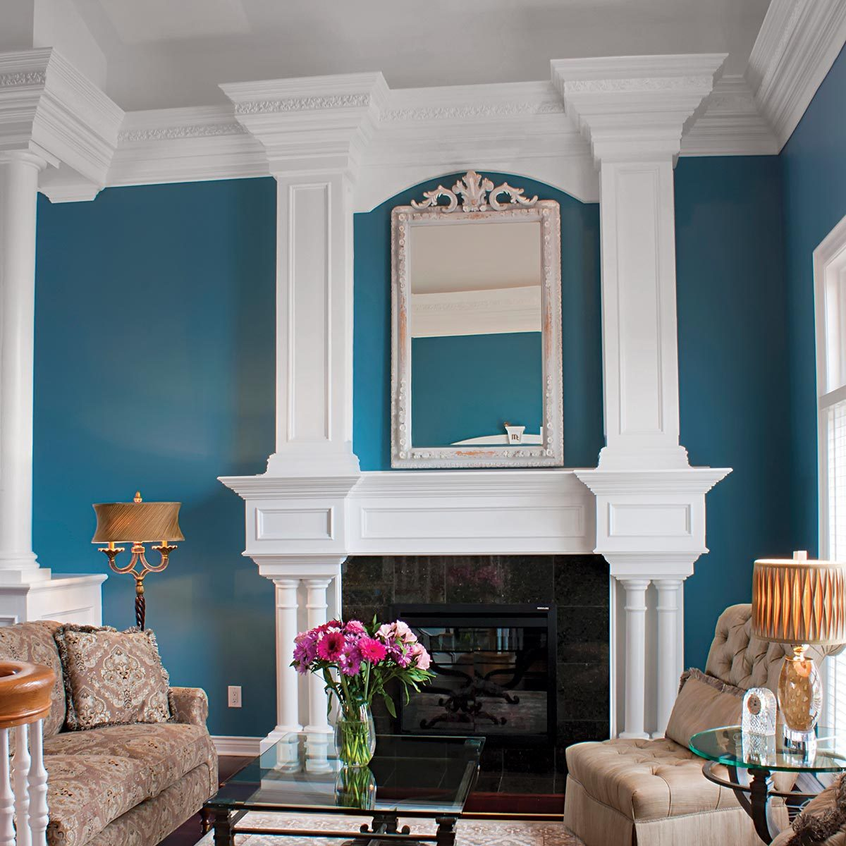 living room crown molding