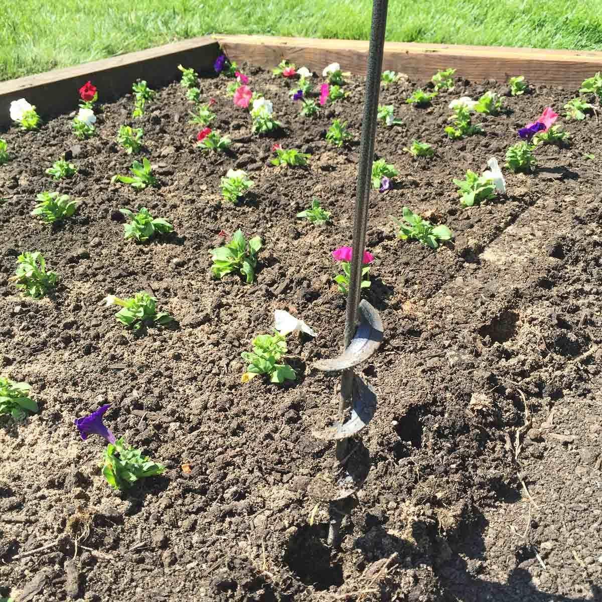 Flower Planting Helper