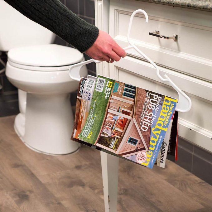 Hanger magazine rack