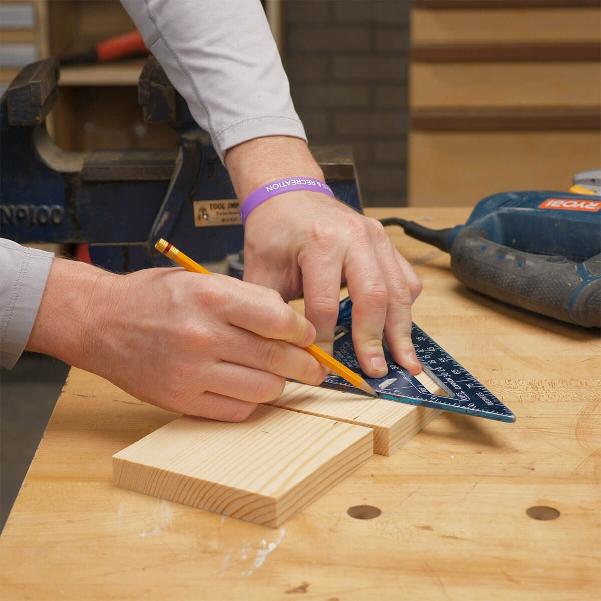 marking wood blocks for mechanics vise