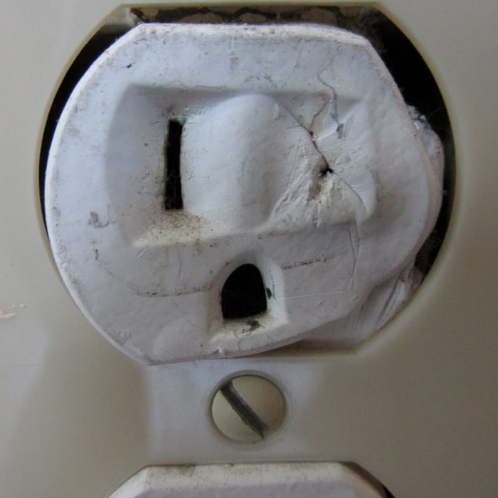 Cyclops outlet