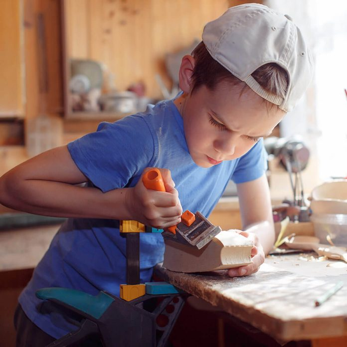 dfh15_shutterstock_441146206 kids mini workbench woodworking