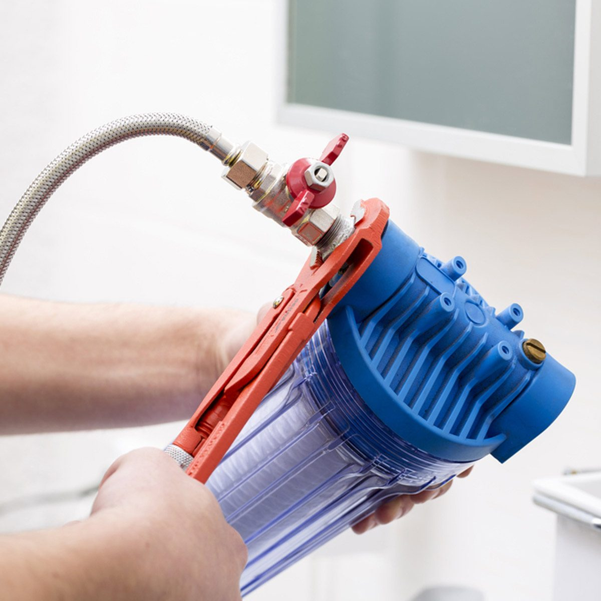dfh34_shutterstock_399351790 water filtration system