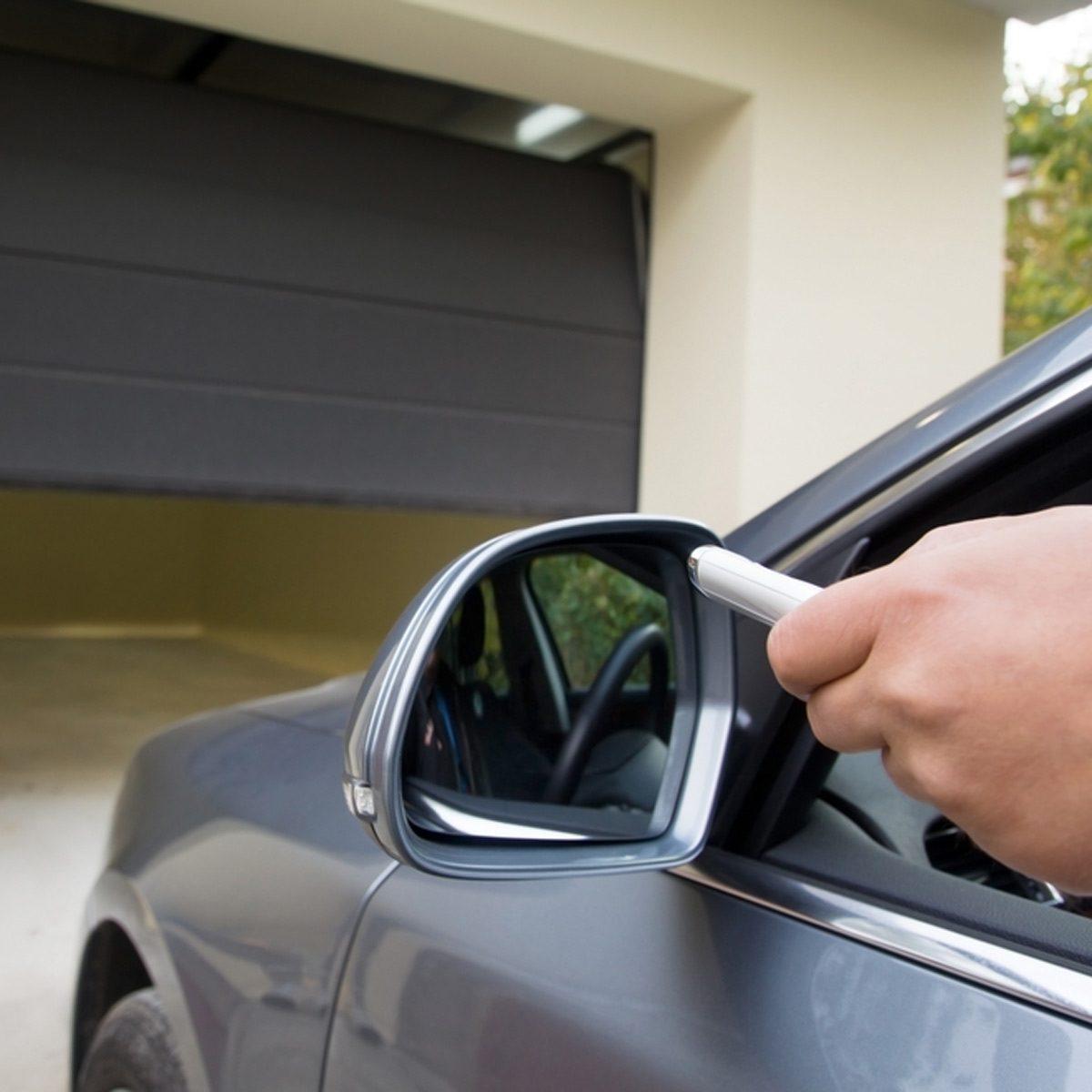 dfh3_shutterstock_233751859 smart garage opener car