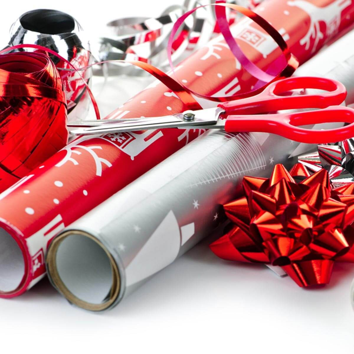 discountstores_67102963 holiday gift wrap wrapping paper
