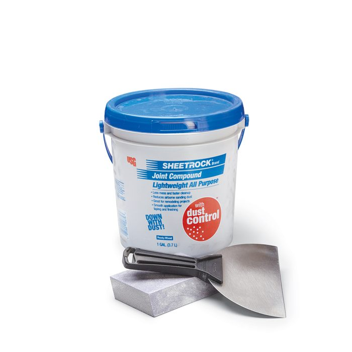 A Bucket of Low Dust Compound   Construction Pro Tips