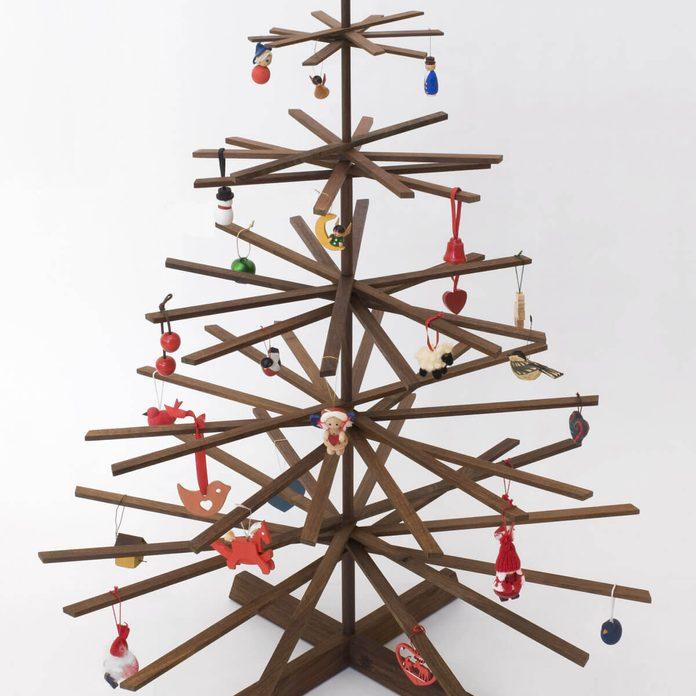 stick craft project christmas tree