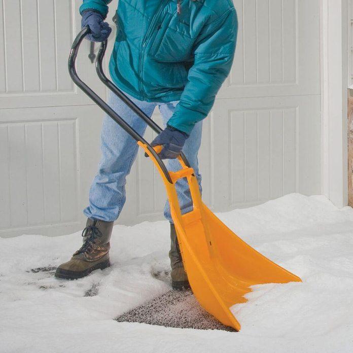 truetemper snow shovel