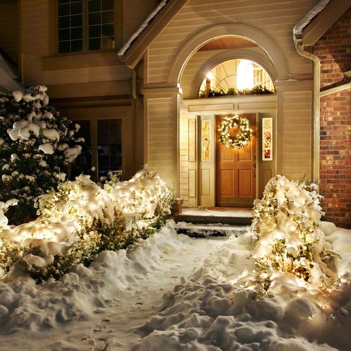 weather_78798733_03 christmas lights snow winter holidays exterior decor
