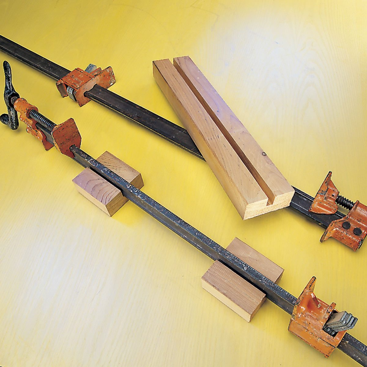 glue clamp stabilizers