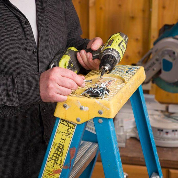 Ladder Hack: Magnet Extra Hand
