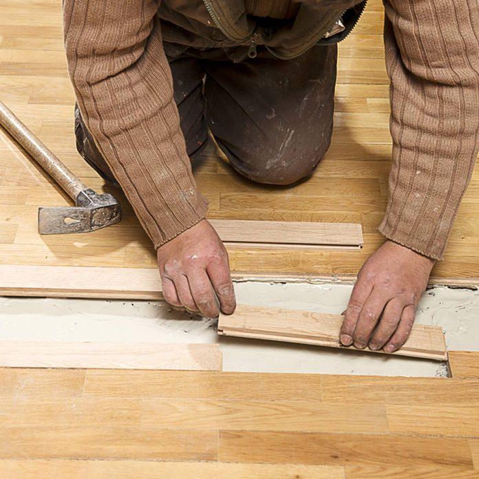 dfh10_shutterstock_290457203 replace wood floor installation