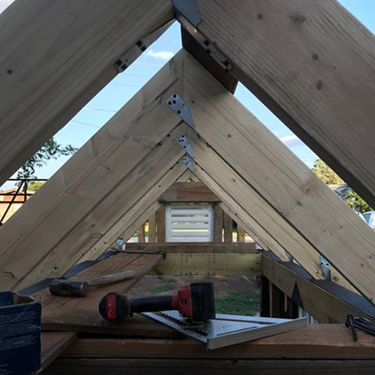 trusses for dog house