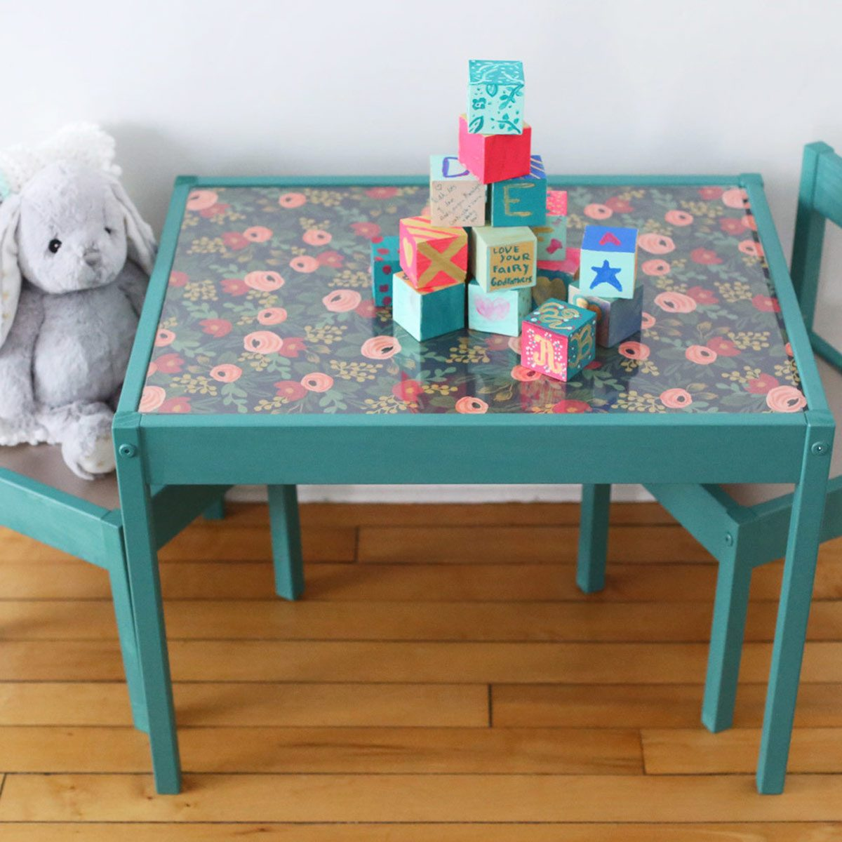 ikeaids-table-uncategorizedid-set-l-tt-children-s-and-chairs-its-latt-hack-chairsikea-1 kids table
