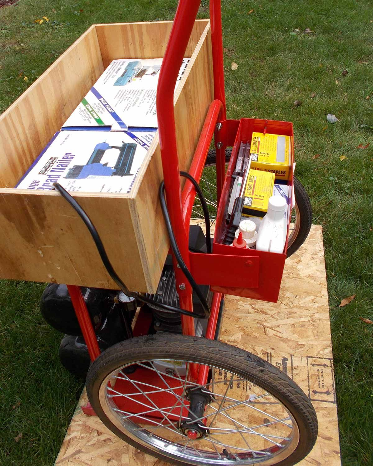 showing back of reader compressor cart