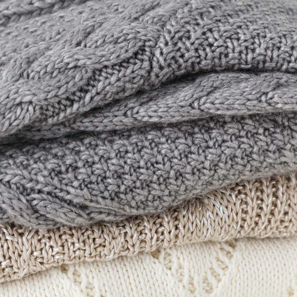 shutterstock_219109198 folded sweaters