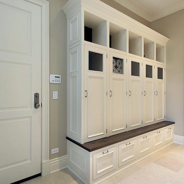 shutterstock_41905756 mudroom lockers