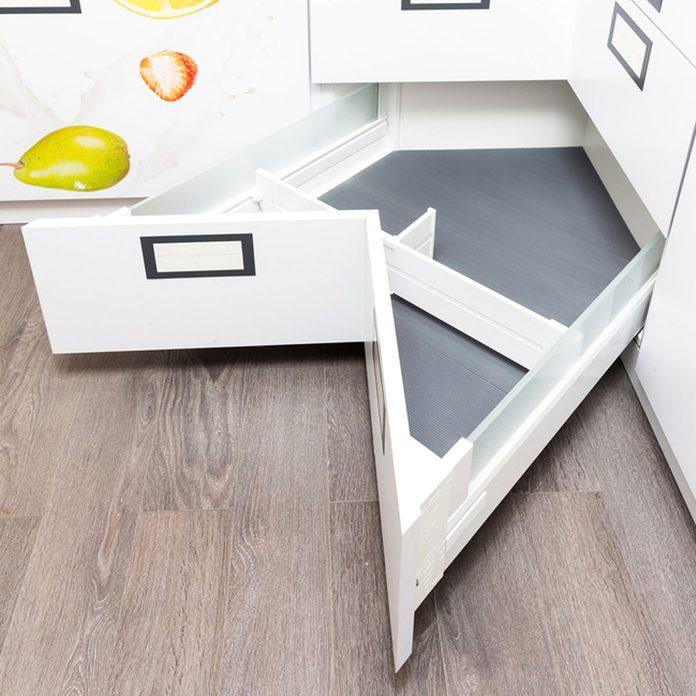 shutterstock_494095942 angled corner drawer in kitchen