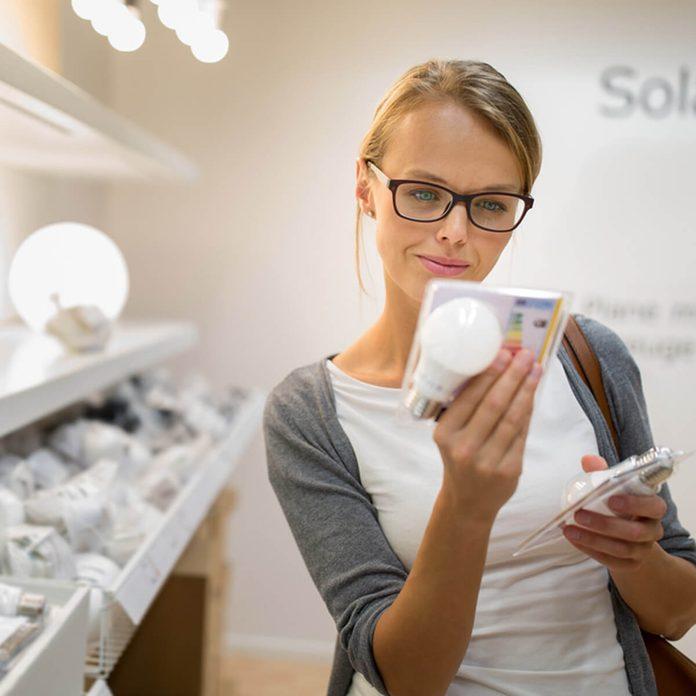 shutterstock_517898209 shopping for led light bulbs
