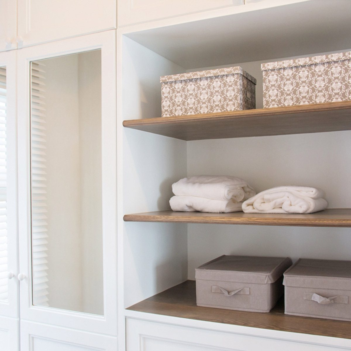 shutterstock_644698957 closet shelves basket box storage