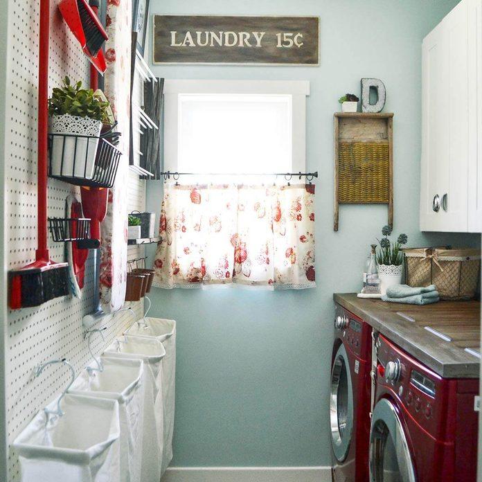 country woman laundry room organization peg board