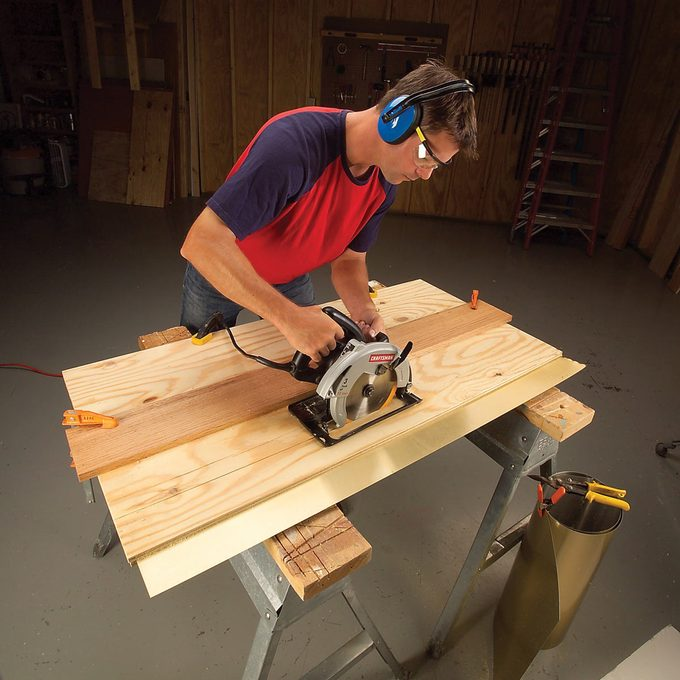 Sandwich sheet metal sawing