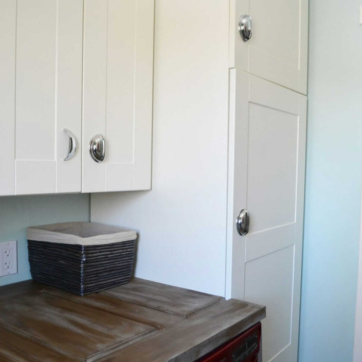 Vintage-Red-Aqua-Pegboard-Laundry-Room-Design-Ideas-13-714x1000 cupboards laundry room