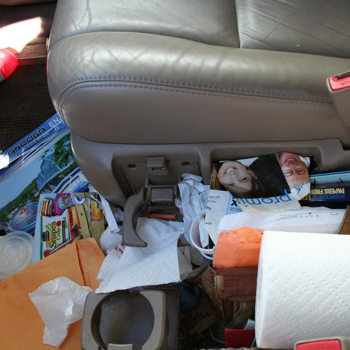 cleaning tips dirty messy car floor