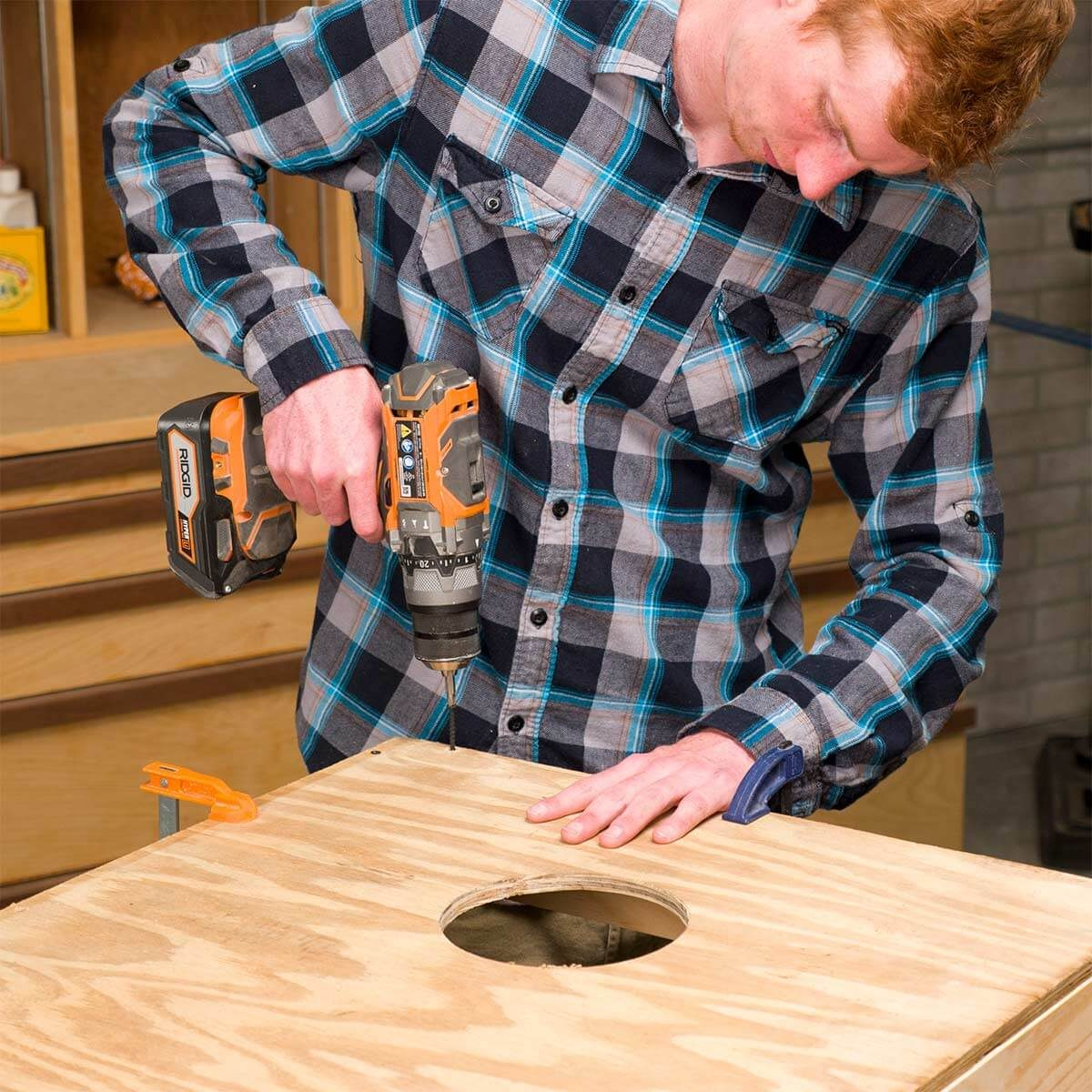 attaching plywood to cornhole box