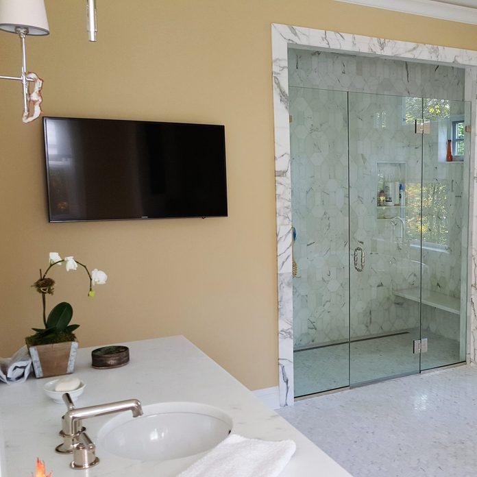 hidden-wires-tv-bathroom-installation