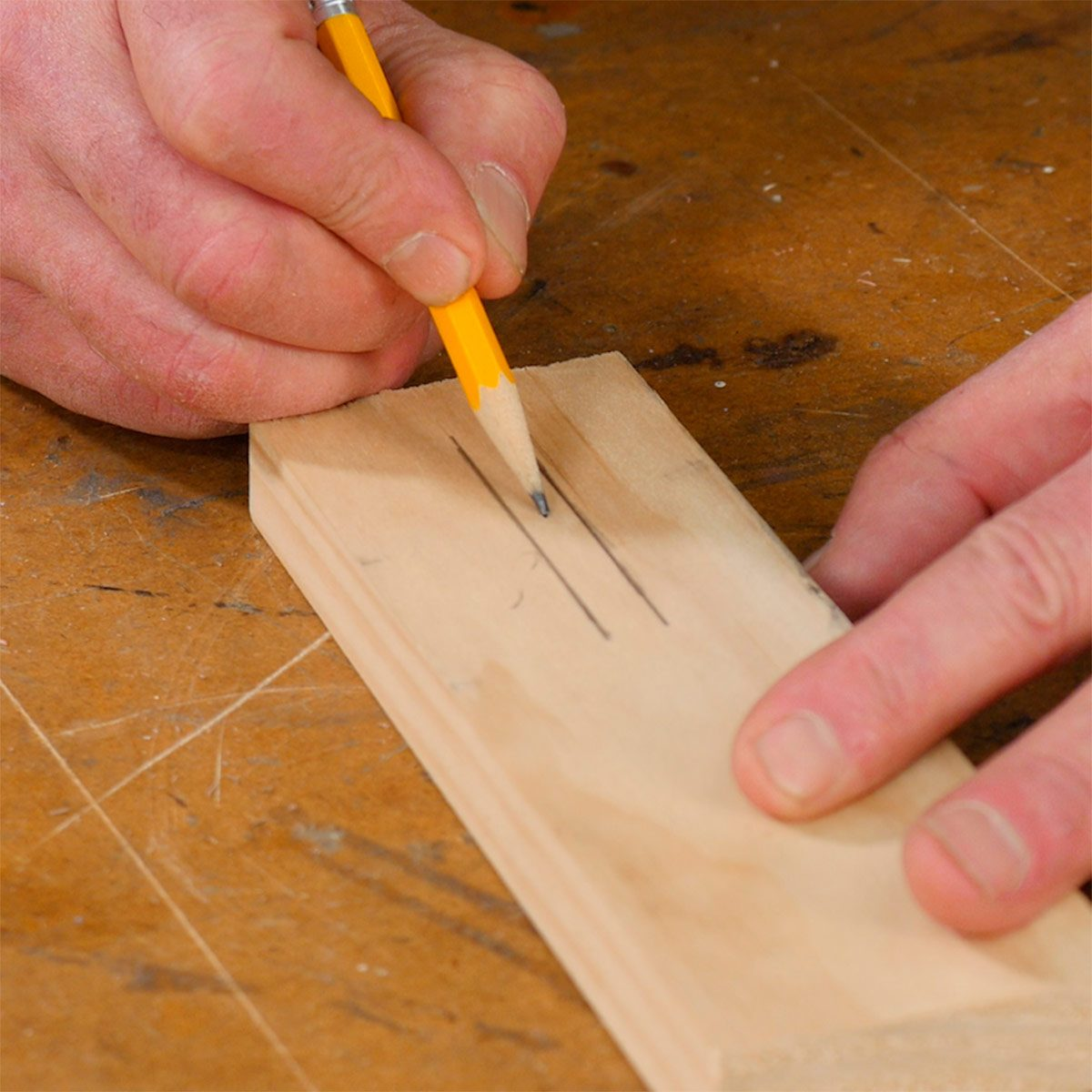 how to pinpoint the center of a narrow board