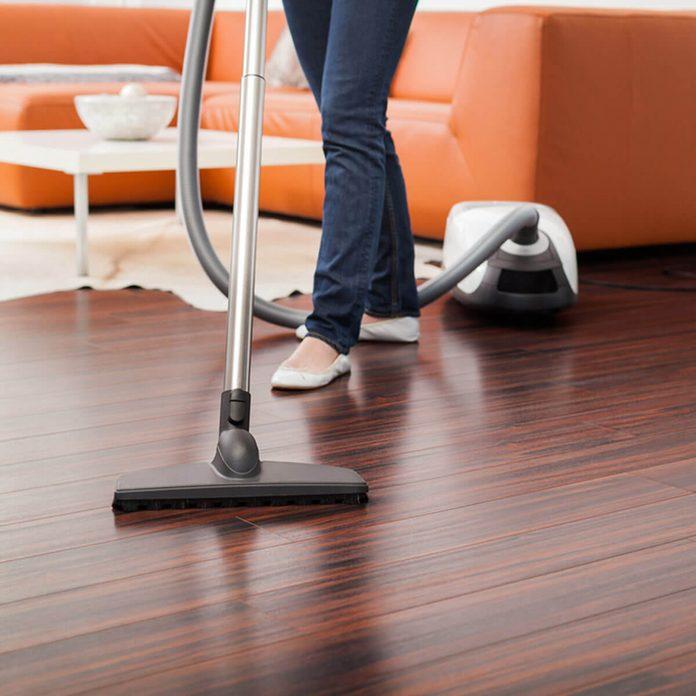 shutterstock_126421790 vacuum