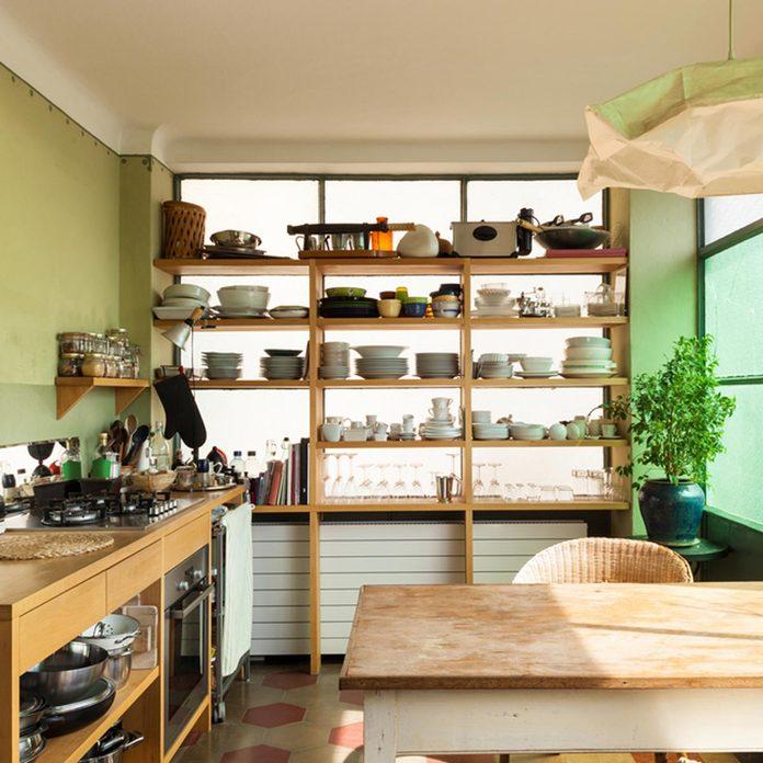 shutterstock_185909885 kitchen open shelving