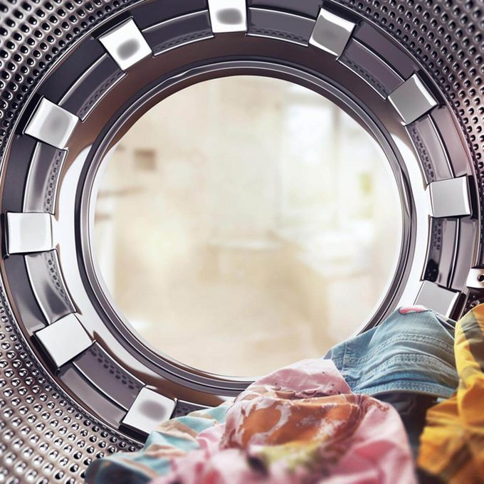shutterstock_264273866 washing machine laundry