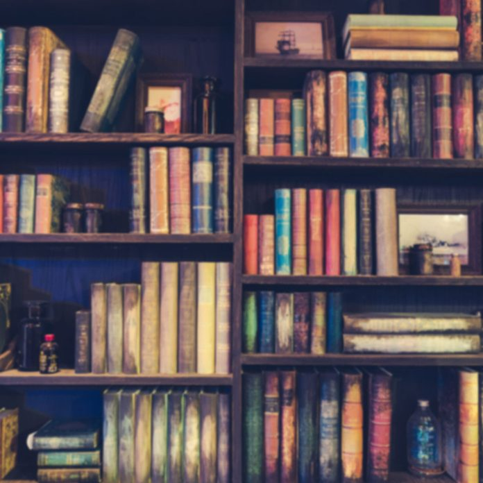 shutterstock_528544441 bookcase library